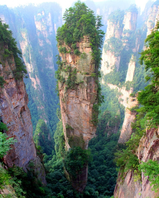 Tianzi Mountains(中国)